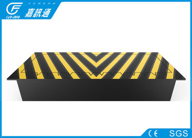 Electric Heavy Duty Security Road Blocker , Automatic Road Barriers Anti Terrorism